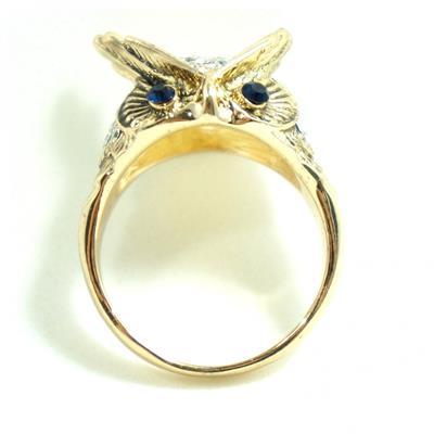 Anel dourado de coruja com strass